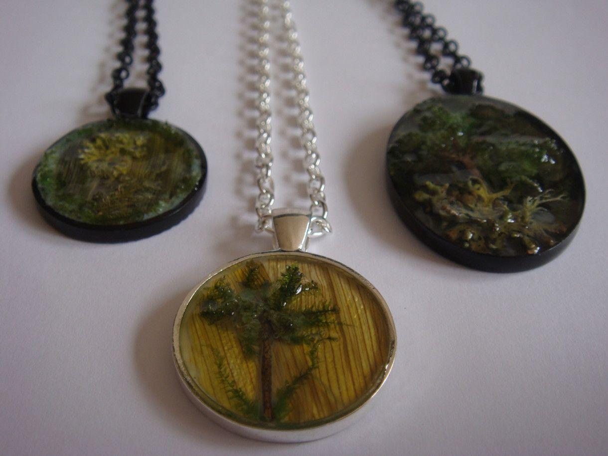 MetiBeti Naravni materiali v medaljonih