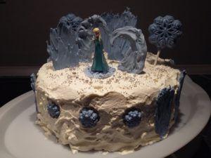 DIY Torta ledeno kraljestvo_cela